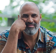 Tim Seibles headshot